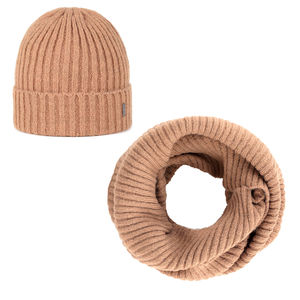 Beanie and scarf set camel