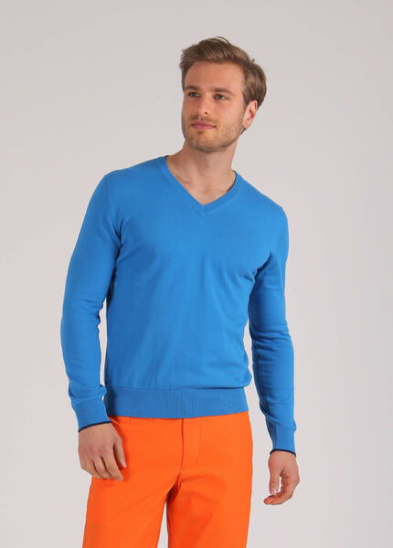 Mens knitted blouse in bright blue