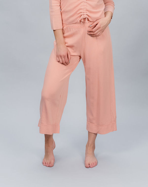 Women's college capri pants